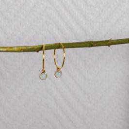 Vergoldete Silbercreolen mit Aquachalcedonanhänger. Schmuckgraefin Berlin.