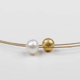 Perle mit Gold - Schmuckdesign in Berlin Kreuzberg