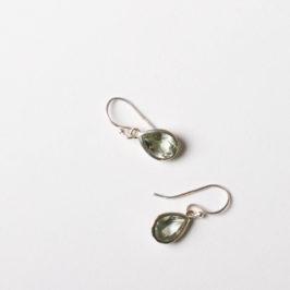 Wir lieben Tropfenohrringe! Mit und ohne Stein in Silber oder Silber vergoldet. Lieblingsohrringe!