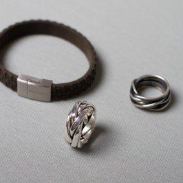 Männerschmuck. Silberringe(ab 98) und Armbänder.