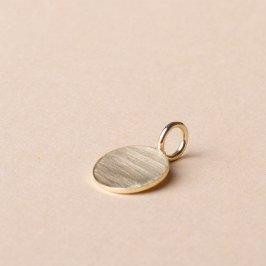Kettenanhänger aus massivem 585 Gold. Sehr schön für eine persönliche Gravur oder ganz minimalistisch schlicht. Gibt's bei uns im Laden in ganz verschiedenen Größen. Ab 129€.