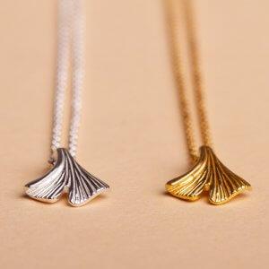 Mini Gingkoblatt- Anhänger für die Halskette in Silber und Silber vergoldet
