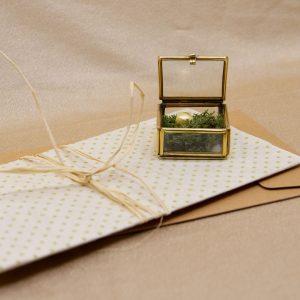 Geschenkgutschein der SchmuckGraefin. Außergewöhnlich und liebevoll verpackt.